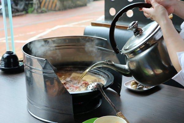 桃園美食 洋城自助石頭火鍋 多人聚餐好選擇自助單點 近機場捷運環北站